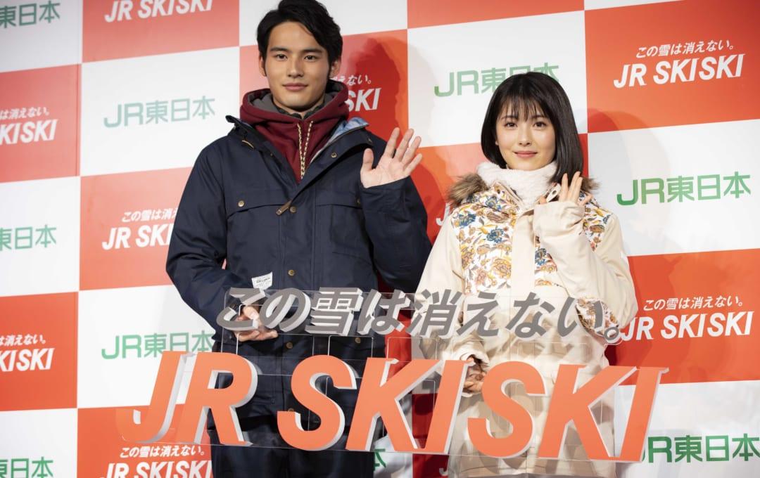 JR SKISKI浜辺美波×岡田健史W主演記者発表で壇上の美波ちゃんに思わず…!